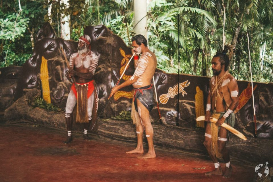 where to see aboriginal dance kuranda cairns