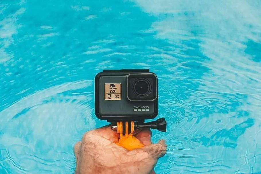 go pro floatie fotocamera galleggiante