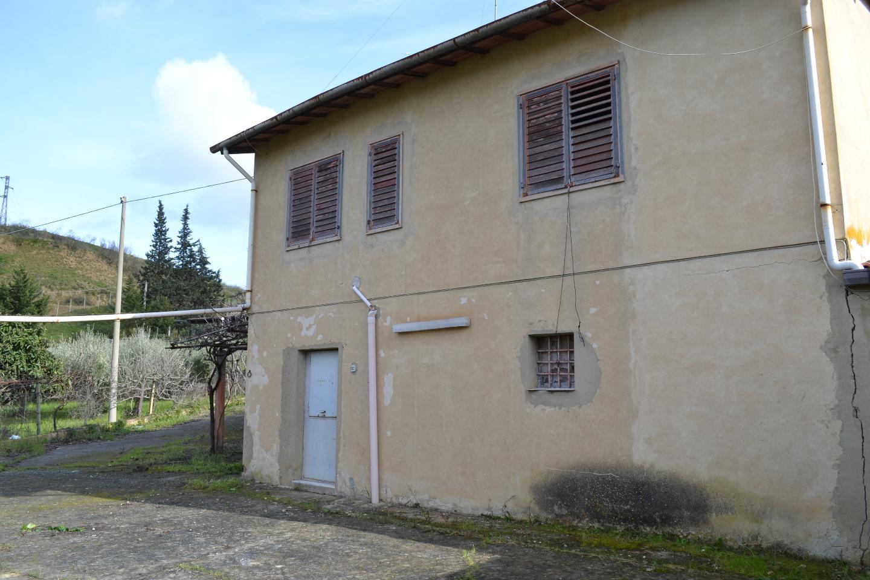 Fabbricato indipendente in Vendita a Caltagirone (Catania)