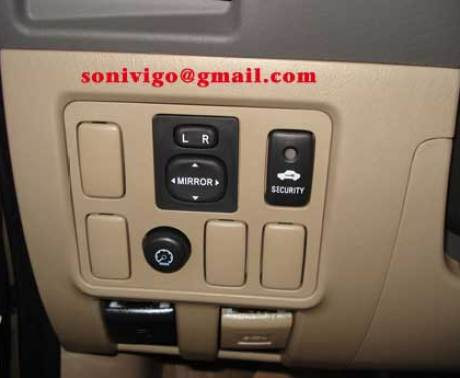 door panel of LHD Toyota Hilux Vigo 2009