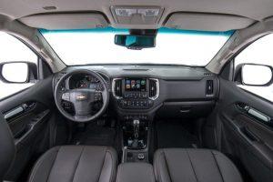 2017-chevrolet-trailblazer-facelift-interior