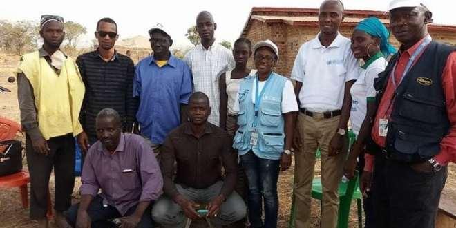 Dinguiraye- Des acteurs de la société civile rendent visite à une fille victime de viol collectif