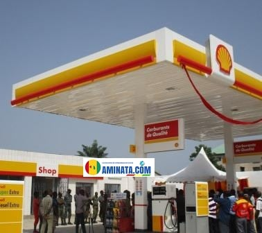 Une station Shell à Tombolia