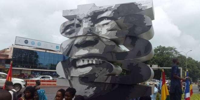 Nelson Mandela statut conakry Guinée