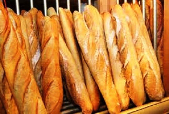 Des miches de pain vendues à Conakry
