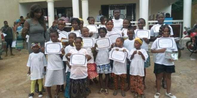 La fondation SOVEE encourage la scolarisation des jeunes filles