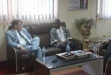 Le ministre de l'élevage Roger Patrick Millimono et l'ambassadeur des Etats-unis à Conakry