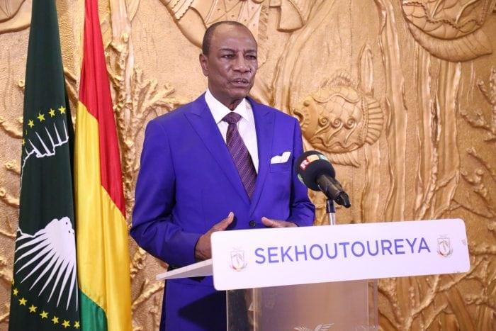 Alpha Condé lors du discours de 2 Octobre au Palais Sekhoutouryah
