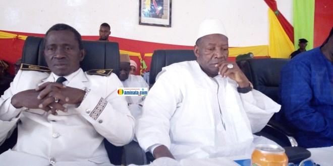 Sadou Keita, gouverneur sortant passe le témoin à Madifing Diané, nouveau gouverneur de Labé