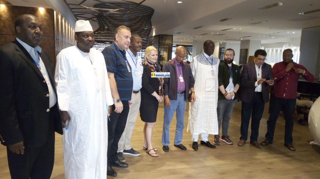 Cellou Dalein Diallo, Zephrin Diabré avec certains membres de la mission d'observation électorale de l'international libéraux-démocrates