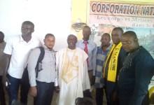 Des démissionnaires du parti Afia au siège du RPG Arc-en-ciel
