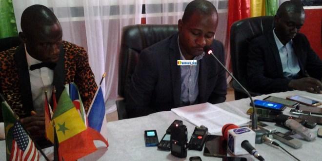 Ibrahima Sano, président du mouvement des patriotes pour l'alternance et le Salut lors de son discours à l'ENAM de Coléah