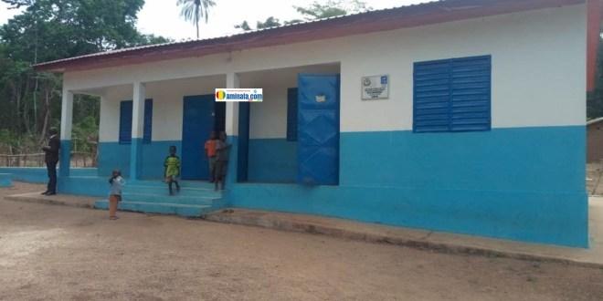 Une banque de stockage de produits agricoles de Thesaney dans la sous-préfecture de Gbangbadou, préfecture de Kissidougou en Guinée forestière