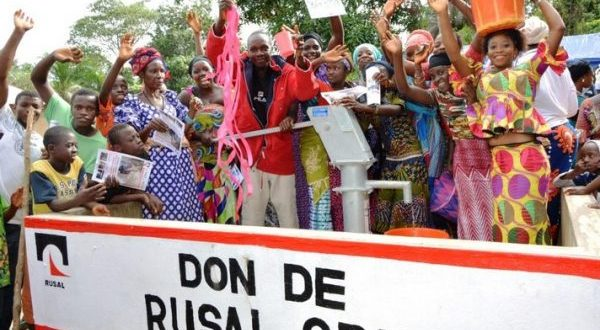 Des forages offerts aux populations de Mambia et Friguiagbé par Rusal CBK