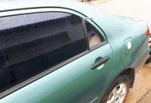 Les vitres de la voiture ont été défoncées par des malfrats