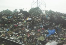 Un tas des ordures montre l'avancée de l'insalubrité à Conakry