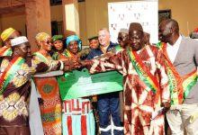 RUSAL CBK remet un chèque de 3 milliards GNF aux collectivités locales de Kindia