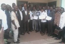 53 jeunes des CFP de Donka et Ratoma reçoivent des attestations