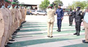 Les futurs commandants d'unités des écoles militaires de maneyah dans les locaux de la Police Nationale