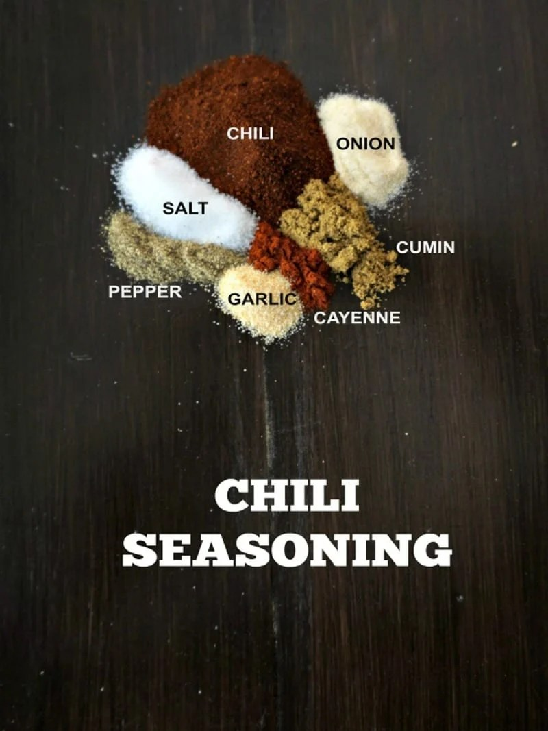 DIY Chili Seasoning: Homemade Chili Seasoning is made up of the perfect blend of cumin, paprika and chili powder and will pack a whole lot of flavor into your chili recipes.