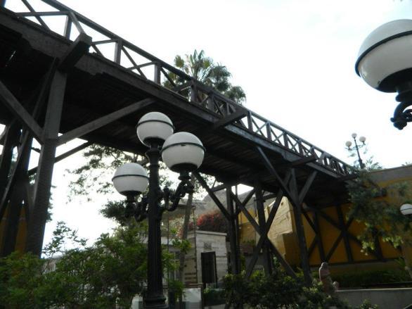 Puente de Suspiros - Bridge of Sighs
