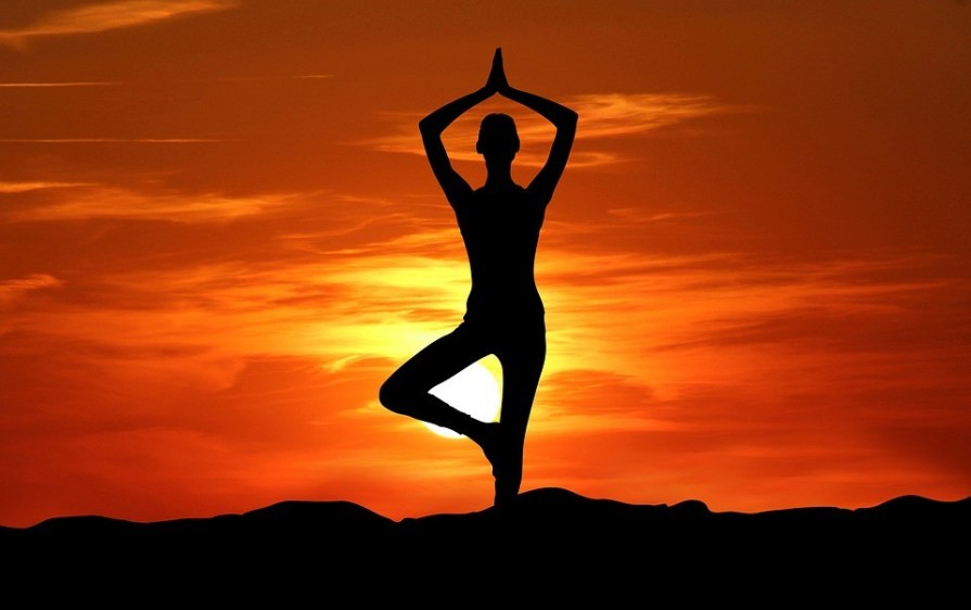 4 Yoga Asanas that can Help you Relieve Constipation Problems