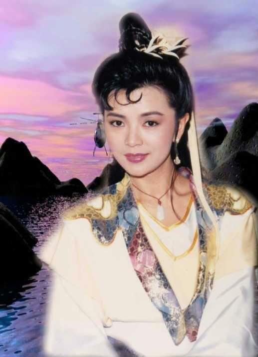 Idy Chan Yuk Lin 19