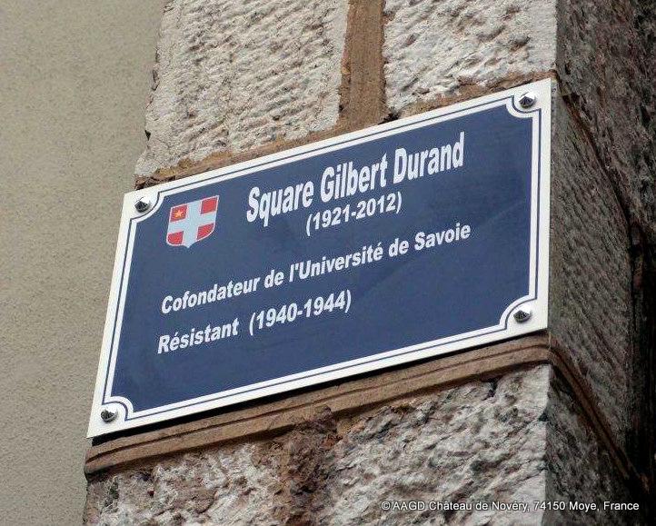 Plaque du Square Gilbert Durand