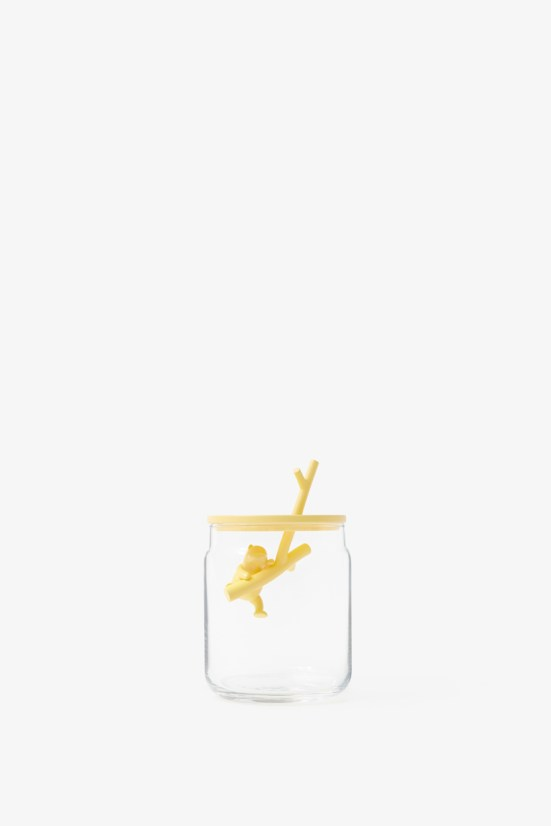 pooh-glassware_container03_copyright_Disney