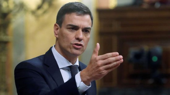 الحكومة الاسبانية تقرر ترحيل جميع المهاجرين السريين الى المغرب