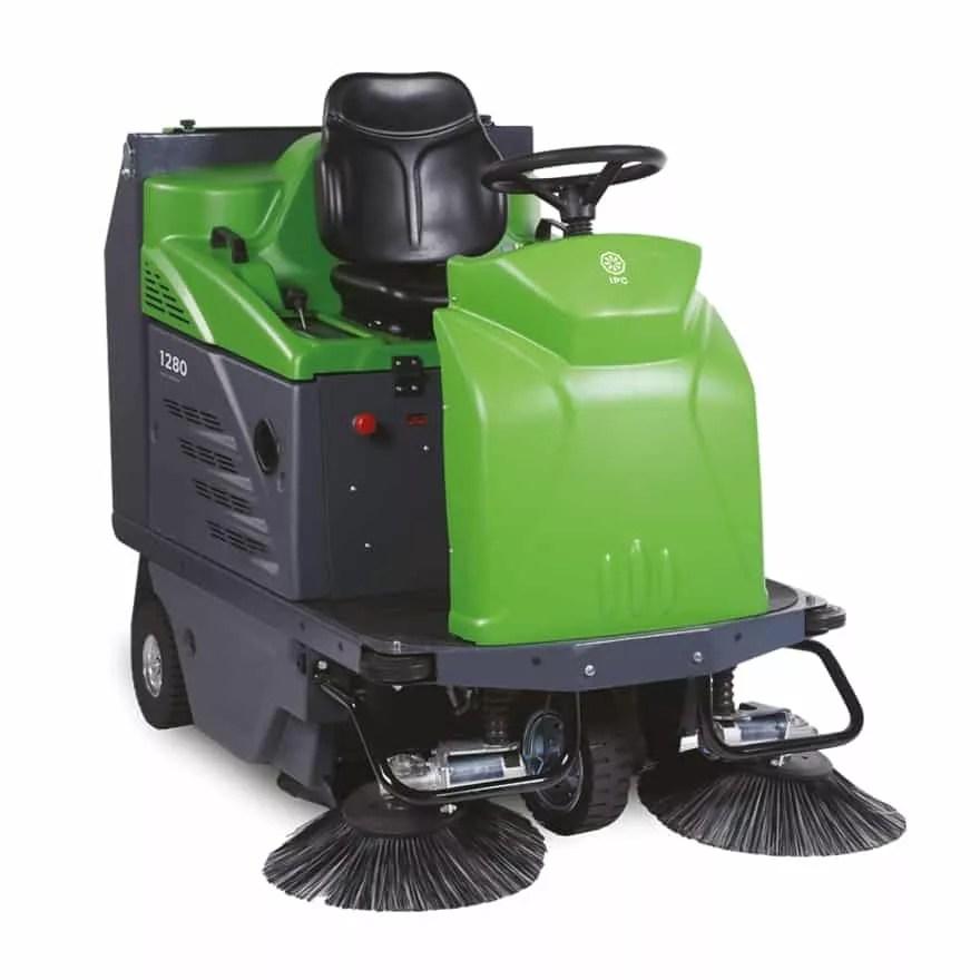 ipc-1280-floor-sweeper-rider-aml-equipment