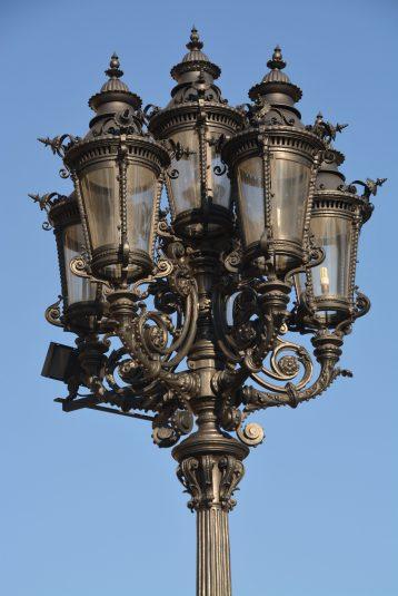 Laterne auf dem Opernplatz