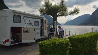 Aufbau beim Camping Darna in Porlezzo