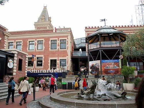 Ghirardelli Square (photo sygic.com).jpg