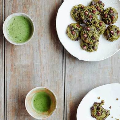 Make These Antioxidant Rich Matcha-Chocolate Chip Cookies
