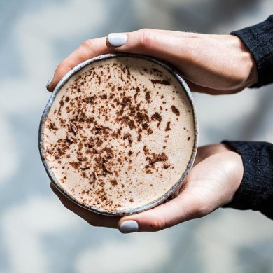 Make This Beauty-Boosting & Gut-Healing Hot Collagen Cacao