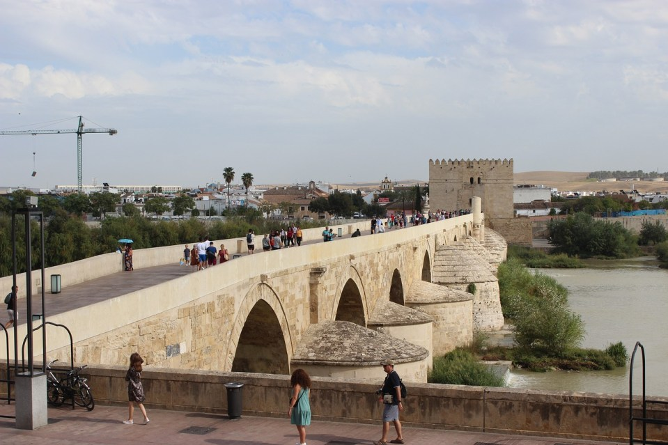 visitar puente romano cordoba