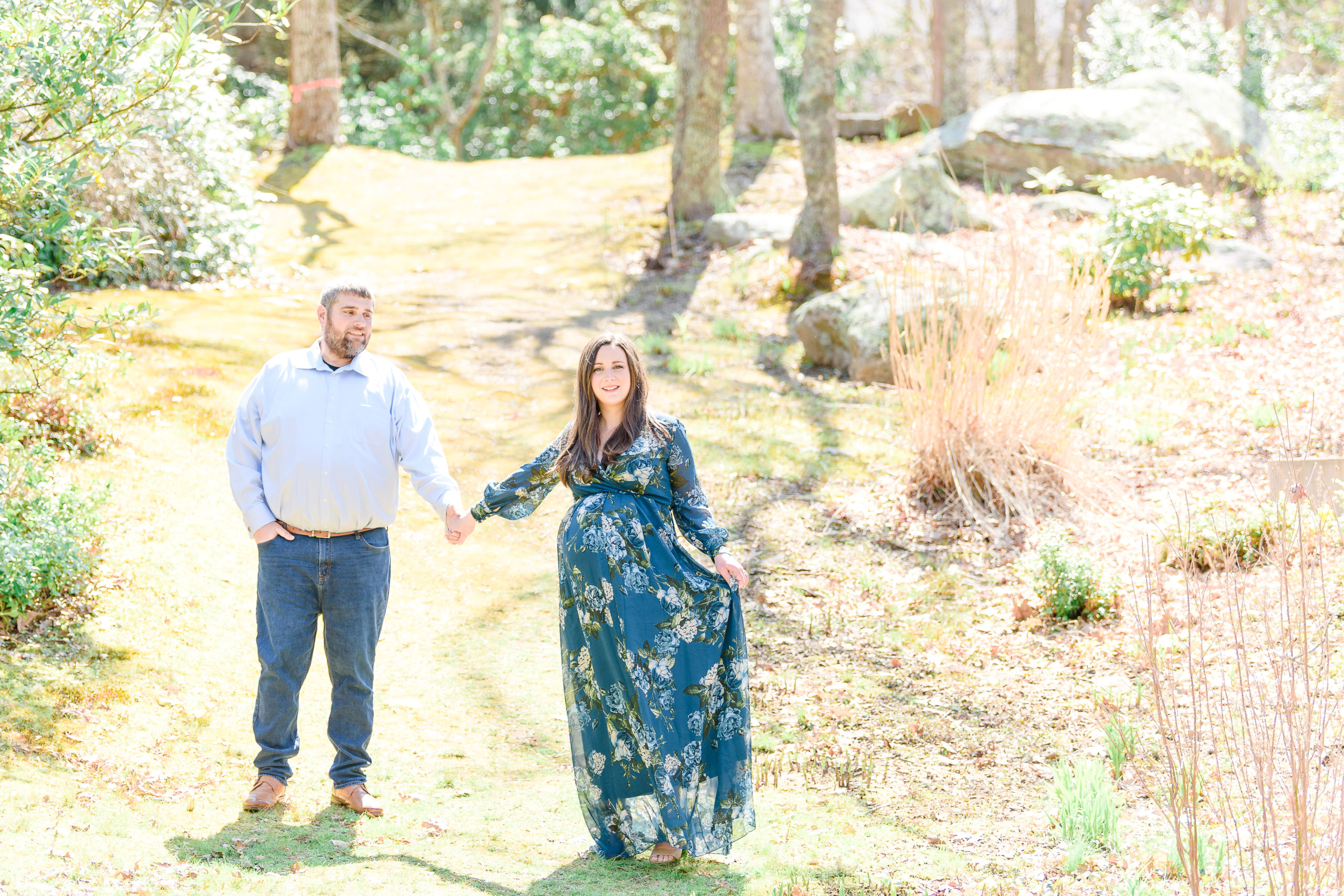 Spring maternity style for maternity photoshoots