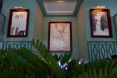 The details of these family portraits were such a intimate detail. I felt like I was having dinner at my lolo's and lola's.