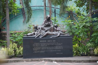 Monument depicting how 150,000 Philippines died in 1945. (1)