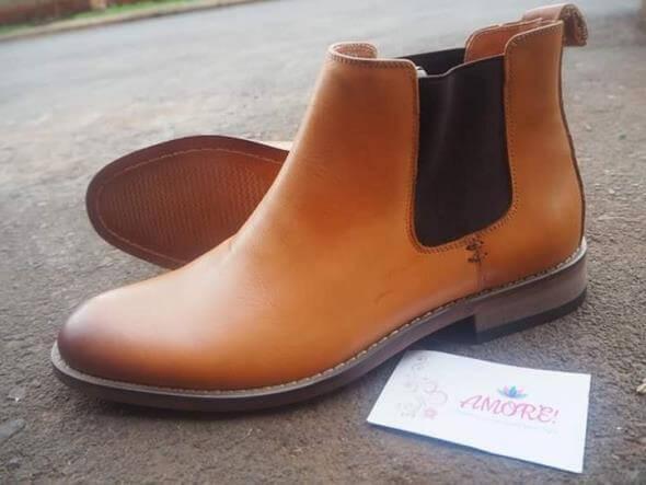 Light brown Aldo chelsea boot