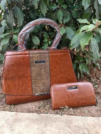 Earth brown middle croco bag