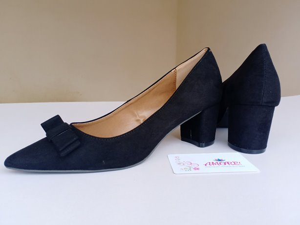 Black suede bow chunky heel