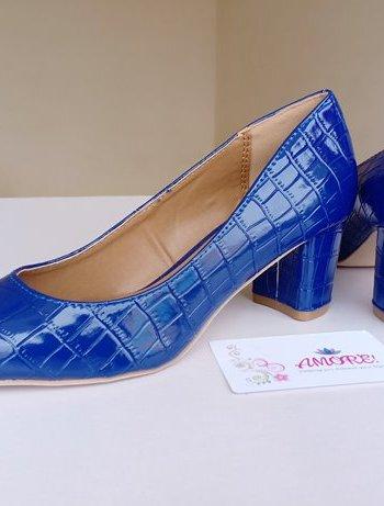 Blue wetlook chunky heel