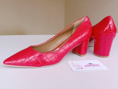 Red wetlook chunky heel
