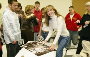 Thalia In School Appearance For The What's Your Anti-Drug Promotion (1)