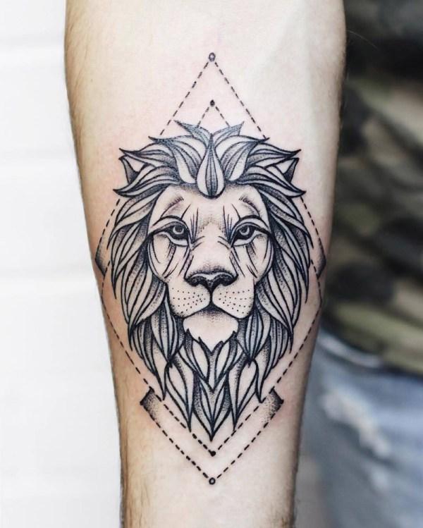 Tatuagem de leão: força, determinação e vários estilos!