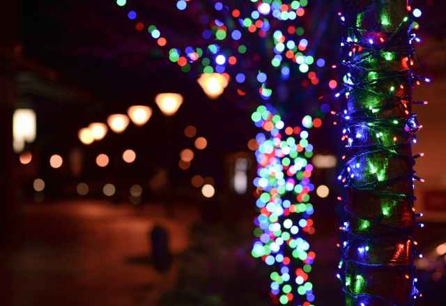 A Mountain Christmas Trail Of Lights Twinkling Trail Of
