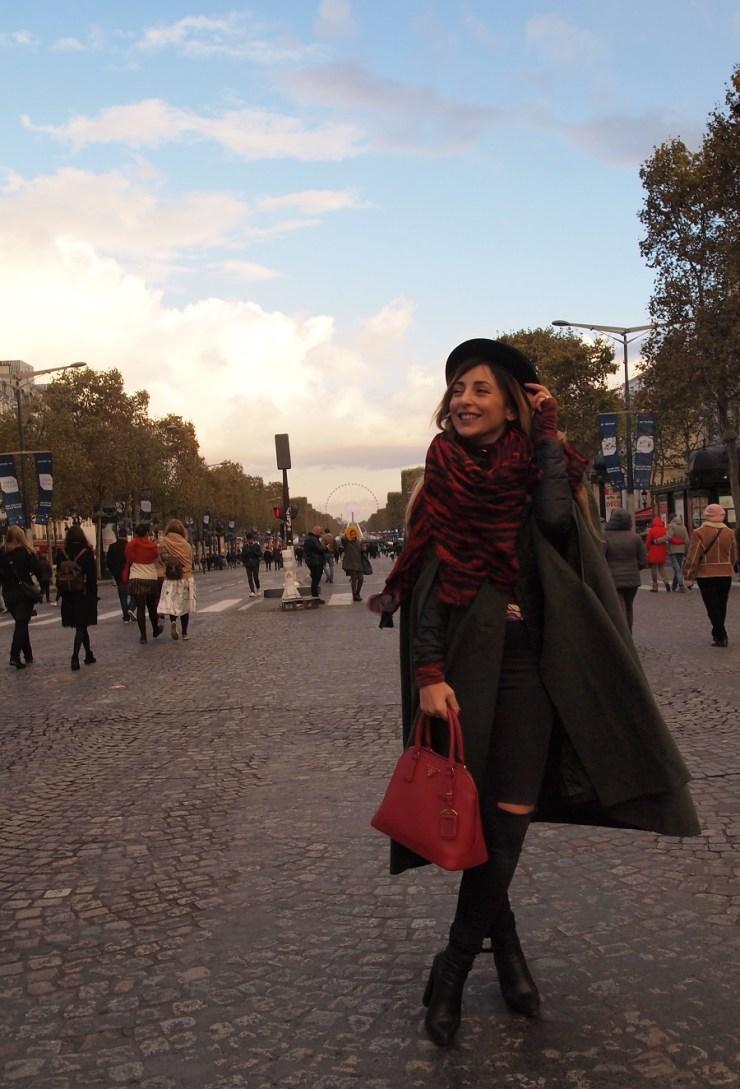 amourblogetbeaute aurora cape vintage look concorde Paris.
