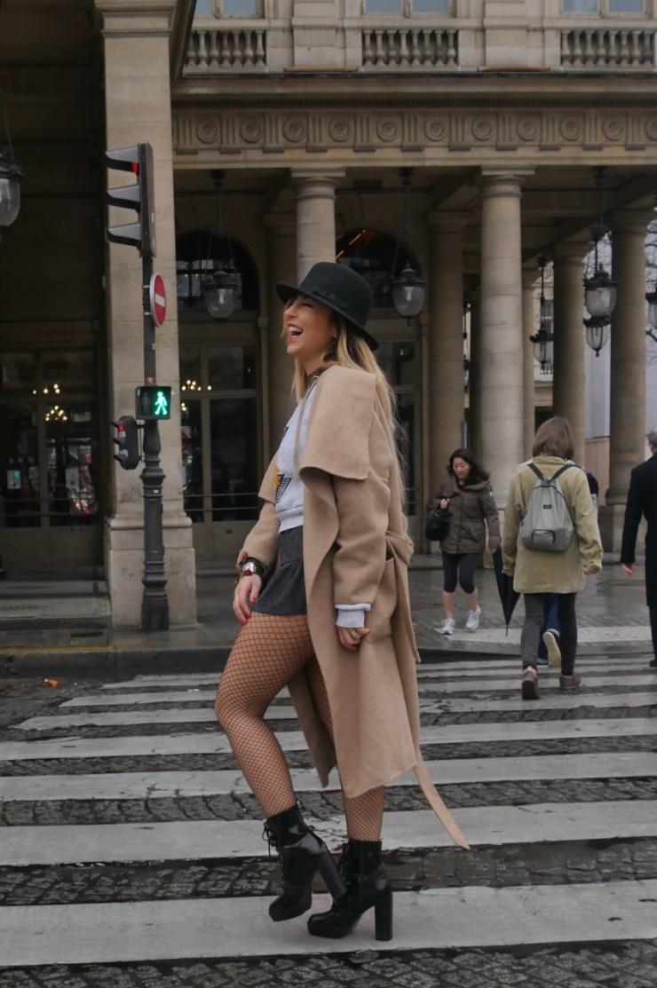 AmourBlogEtBeaute Expo Colette Bulles Comment porter la résille Street style